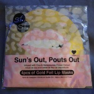 SF glow gold foil lip masks